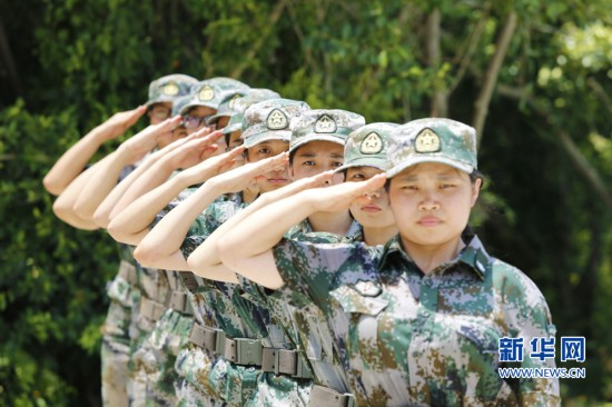 鏗鏘玫瑰向海而開——漳州開發區南炮台海防民兵哨所見聞