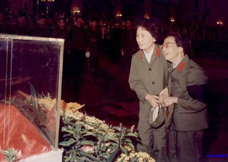 張玉鳳究竟守住了毛澤東晚年多少秘密?