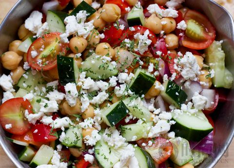 20 分钟都不用你就能吃到这 20 款美味的沙拉!