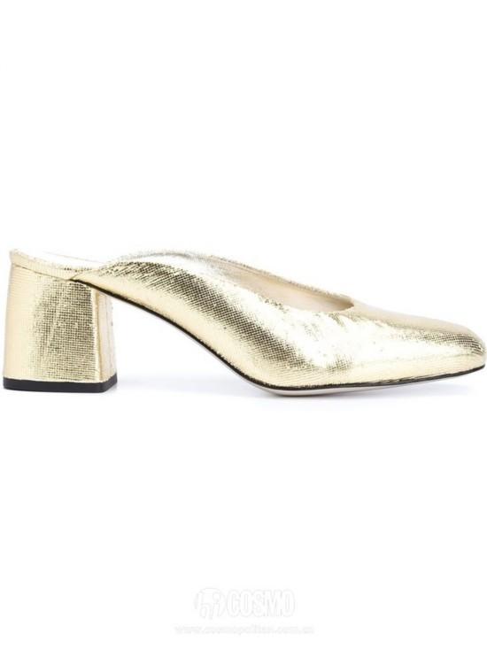 高跟鞋来自Amélie Pichard 售价3797元 可从英国Farfetch官网购买