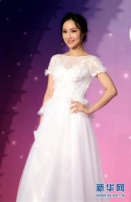 (服务)(6)香港结婚节上演婚纱汇演