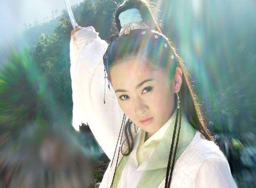 李沁赵丽颖迪丽热巴 40位女星古装造型大PK图片
