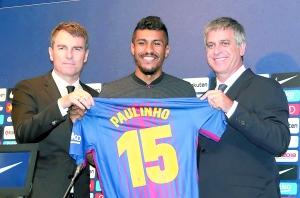 保利尼奥正式签约巴萨 500万年薪签四年