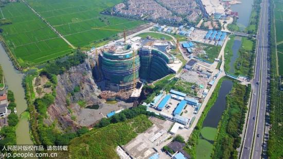 上海深坑酒店初具规模 周边依山傍水风景如画