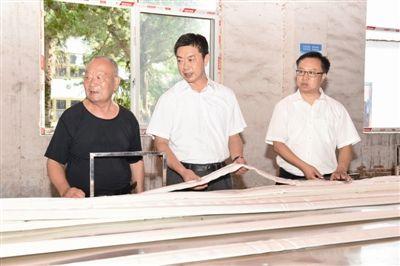 南通海门召开老干部座谈会 陈勇郭晓敏出席