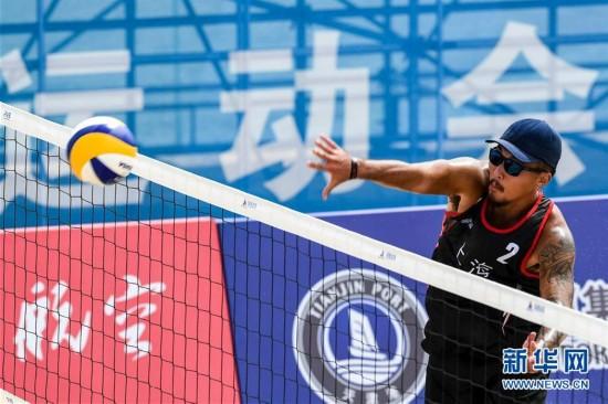 (全运会)(2)沙滩排球――男子沙滩排球小组赛:上海队胜海南队