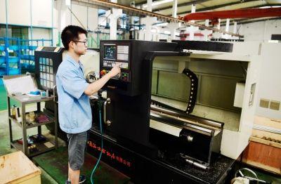 海安引导锻压机械等产业集群 推进转型发展