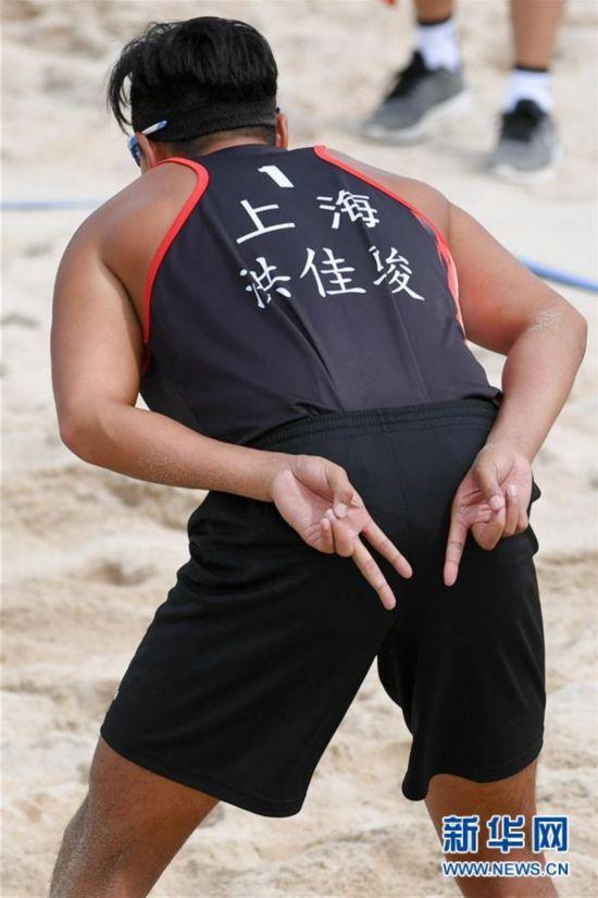 (全运会)(4)沙滩排球――男子沙滩排球小组赛:上海队胜海南队