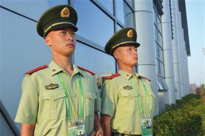 全运村故事:安保队伍中的高颜值双胞胎兄弟