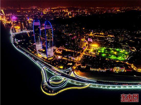厦夜――水色天光夜灯桥