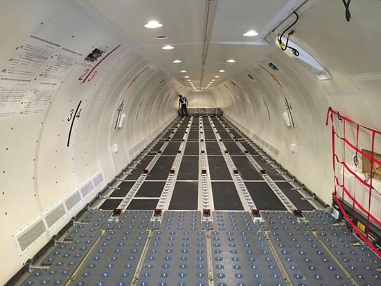 常州机场引进首架全货机 可运载30吨货物