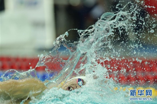 (全运会)(18)游泳――男子800米自由泳:孙杨夺冠
