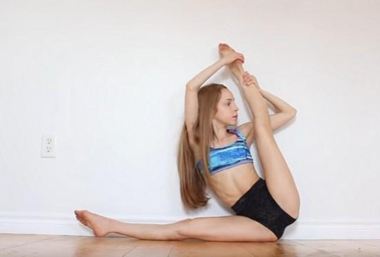 女孩高难度弯曲身体展示超柔软身体令人震惊(图)--黑龙江频道--人民...