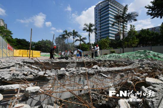 """福州东郊河""""开盖""""清淤 河道恢复原貌后将提升景观"""