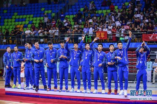 (全运会・领奖台)(3)篮球――男子成年组比赛颁奖仪式