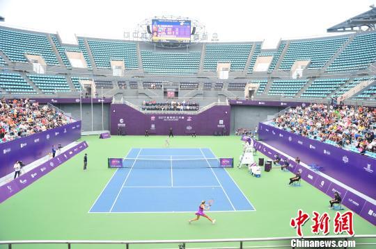 2017大连网球公开赛:乌克兰选手科兹洛娃夺冠