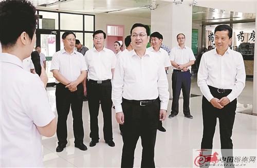 张国华:坚持真情援疆 更大力度支持奎屯发展