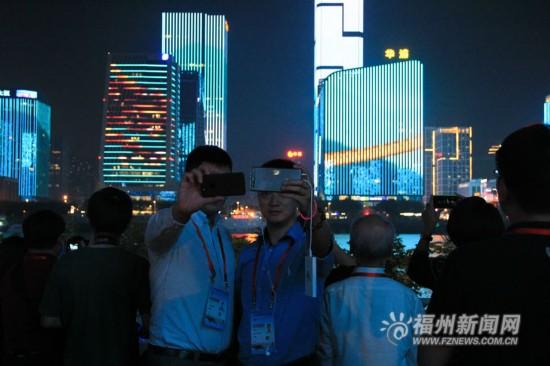 世界华文媒体人纷纷点赞福州 感叹城市充满活力