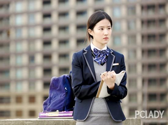 女明星的校园look PK,谁是你心中的最佳代表?