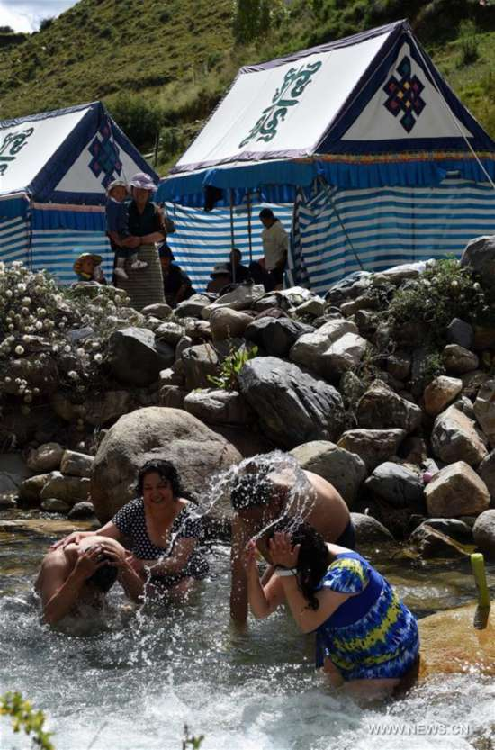 CHINA-TIBET-LHASA-BATHING FESTIVAL (CN)
