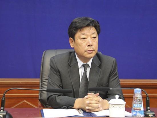 主持人:晋美旺措 区党委宣传部副部长.jpg