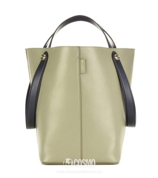 包袋来自Mulberry 售价7507元 可从德国Mytheresa购买