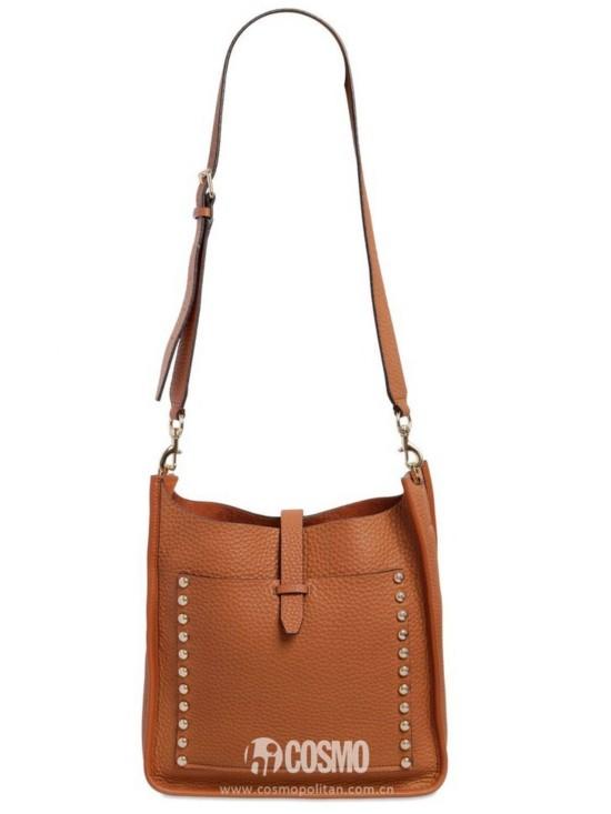 包袋来自Rebecca Minkoff 售价2128元 可从意大利Luisaviaroma购买