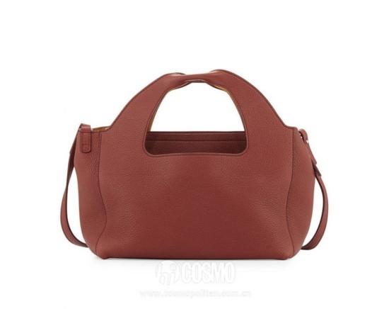 包袋来自The Row 售价14962元 可从美国NeimanMarcus购买