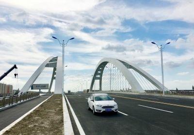 海安黄海西大桥通车 有效缓解城区交通压力