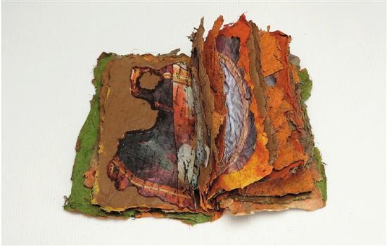 扬・费尔贝恩-爱德华兹 威尔斯的故事 30×40×8cm 手工楮纸