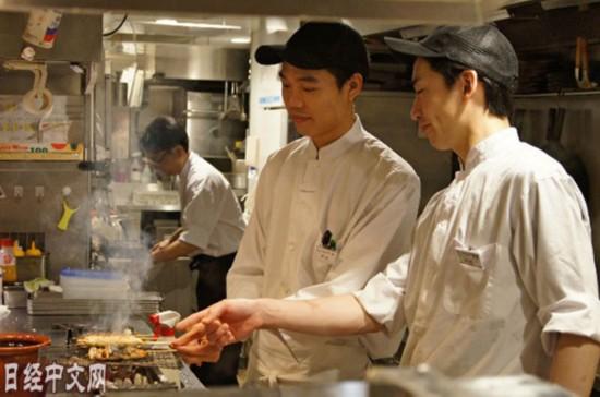 日媒称中国留学生不再青睐居酒屋兼职:源于中国经济增长