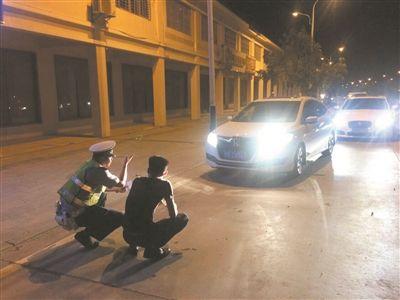 三亚整治乱用远光灯 当晚查处244起违法行为