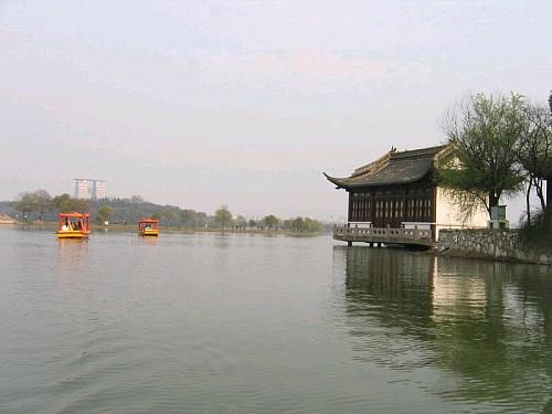 铜陵天井湖公园