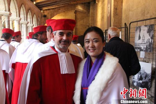 前乒乓国手获颁法国勋章成中国体育界第一人