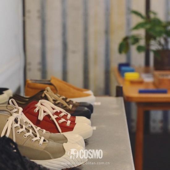 鞋履来自 可从http://www.moonstar.co.jp/购买
