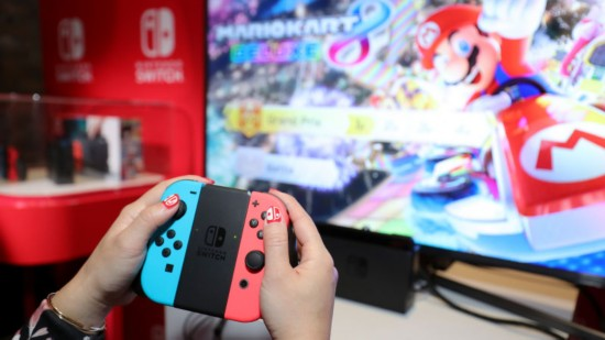 From tencent expand the Chinese market Nintendo shares of record for nine years