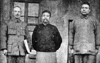 二十世纪二十年代,(左起)蒋介石、谭延�]、冯玉祥合影。