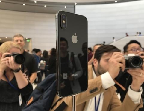 真的iPhone X没有指纹识别