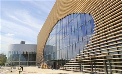 """滨海文化中心""""五馆一廊""""各具特色,本次试运营的有美术馆,图书馆,演艺图片"""