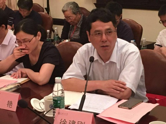 上海市委党史研究室主任徐建刚(谢中摄)