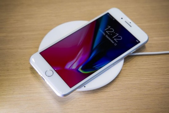 iPhone8刚上市就出故障 通话