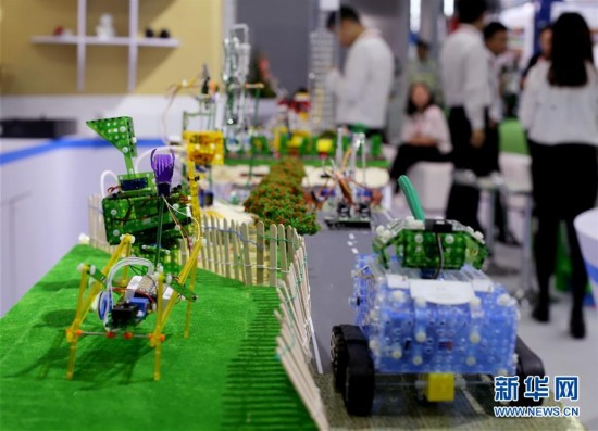 """(教育)(2)上海国际教育装备展:""""未来课堂""""抢先看"""