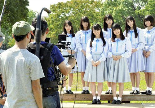 日本年轻人参政欲望太低 女子偶像组合看不下去了
