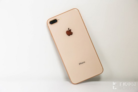 iPhone 8 Plus背板采用2.5D玻璃