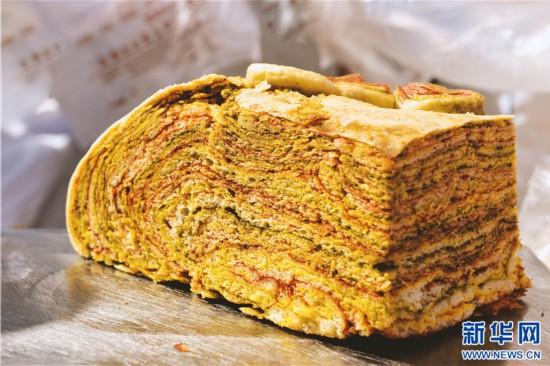 将至 260斤青海传统大月饼惊艳亮相