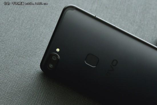 搶先iPhoneX發售的全面屏手機