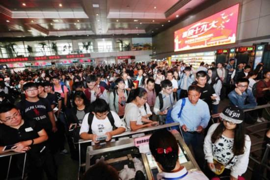 长假首日南通两客运站创纪录 发送旅客4万多人