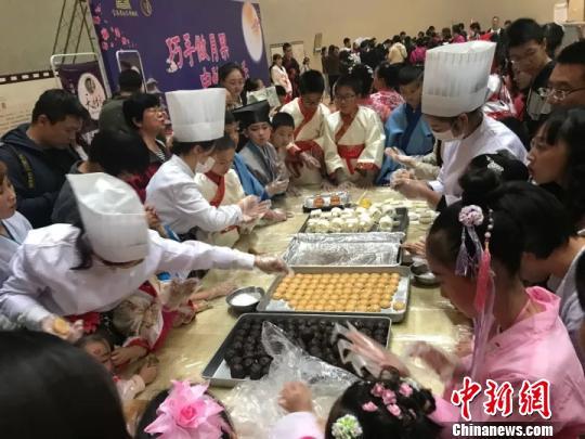 """""""超级黄金周""""1436万人次走进陕西博物馆"""