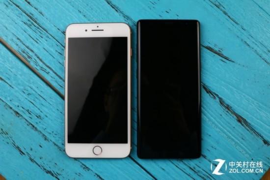 你有考虑过手的感受吗 iPhone8和Note8握持差距大