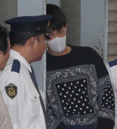 日本明星清水良太郎因涉嫌吸毒被警方送检